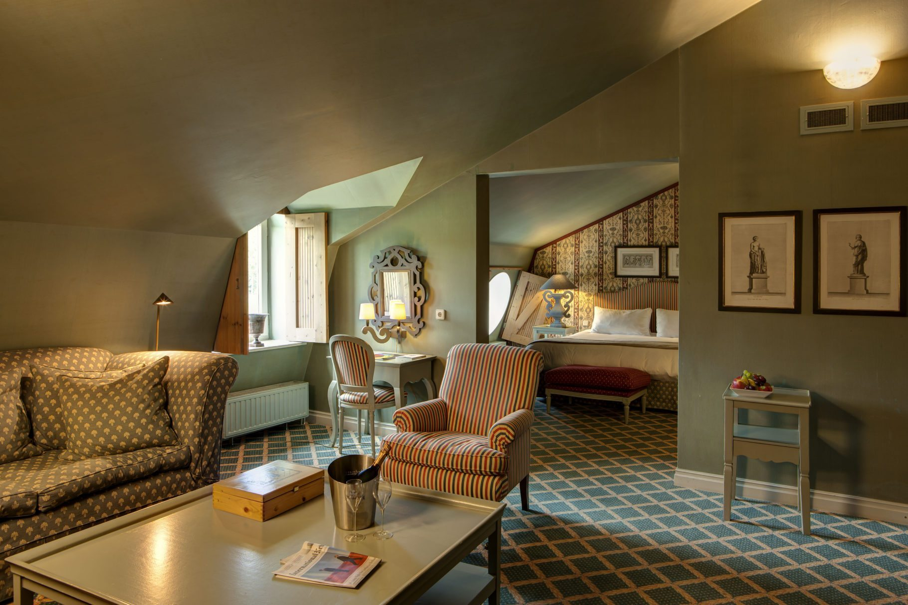 residential suite Chateau St Gerlach