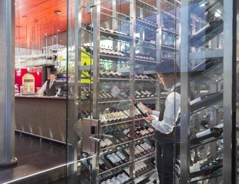 Wine Bar Rouge & Blanc Kruisherenhotel